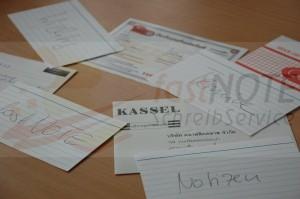 Per Hand ausgefüllte Garantiekarten, Coupons, Auftragsformulare