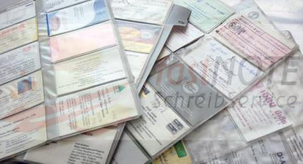 Beschriebene Visitenkarten Einpflegen